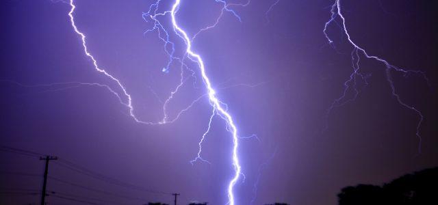 雷が落ちた、をフランス語で:会話レポ